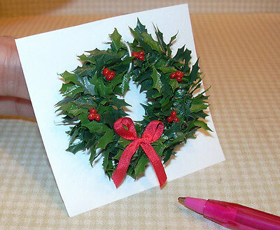 Miniature A+ Holly Wreath w/Red Berries/Bow: DOLLHOUSE Christmas Miniatures 1/12