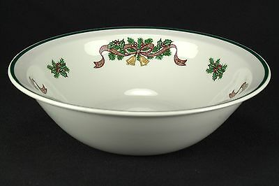 """Johnson Brothers Victorian Christmas Round Vegetable Bowl Made in ENGLAND 8"""" EUC"""