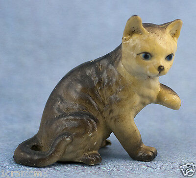 Vintage Miniature Hard Plastic Gray Cat Figurine Made In Hong Kong