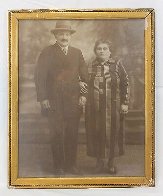 Great Antique early 1900's antique framed photo of couple