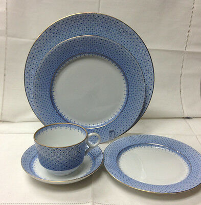 Mottahedeh Cornflower Blue Lace 5 Piece Setting Porcelain Brand New Portugal