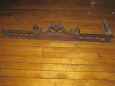 Antique Wooden Crest With Only 1 Side And Only 2 Finials 6039