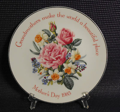 American Greetings 1985 Mothers Day Grandmother Special Plate Abloom with Beauty