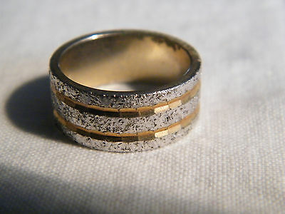 Stunning Gold Tone Cocktail Ring Band Size 6 Signed Silver Accents CUTE