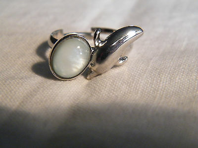 Beautiful Cocktail Ring Silver Tone Dolphin White Cabochon Adjustable CUTE