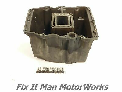 99 Yamaha F100 Oil Pan & Bolts 67F-15311-00-5B / OEM Case 00 01 02 F80 F 100 HP