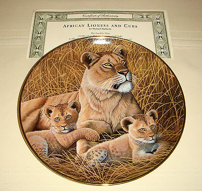 MICHAEL MATHERLY Largest Of Big Cats After Tiger AFRICAN LIONESS AND CUBS Plate