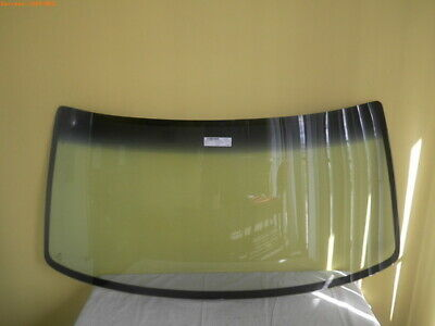 TOYOTA HILUX RN85 /106 - 8/1988 to 8/1997 - 2 & 4DR  FRONT WINDSCREEN GLASS-NEW