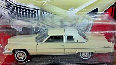 CADILLAC, CREAM YELLOW, Land Yachts, 1976 CadillacCoupe DeVille