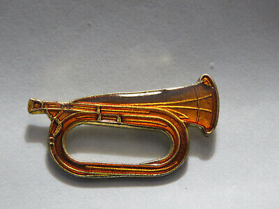 Bugle Pin    (Vintage Old pin in new condition)