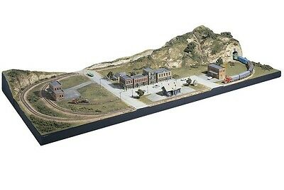 Woodlend Scenics   HO MOUNTAIN VALLEY SCENERY KIT WOO928