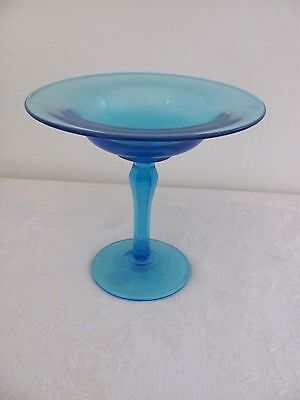 Colonial blue glass compote dish no chips - beautiful! candy decorator shells
