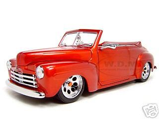 1948 FORD CUSTOM RED 1:18 SCALE DIECAST MODEL CAR BY ROAD SIGNATURE 30028