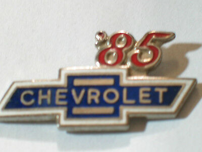 1985 Chevrolet Pin Badge Chevy Auto Pins lapel Hat Tack