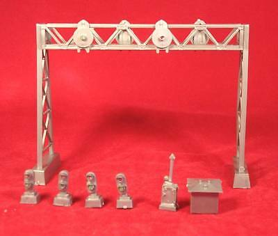 Model Power Signal Gantry Kit HO/OO Gauge