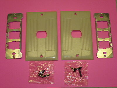 Nos 2 Eagle Interchange Single Gang Ivory Ribbed Bakelite Wall Plate, Horizontal