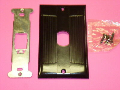 Nos! Eagle Interchange Single Gang Brown Ribbed Bakelite Wall Plate, Vertical