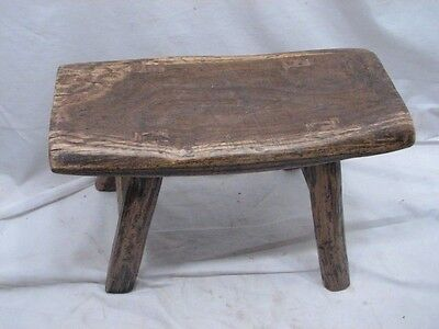 Early Primitive Wooden Mortised Leg Milking/Foot Stool Bench Rest Farm Country A