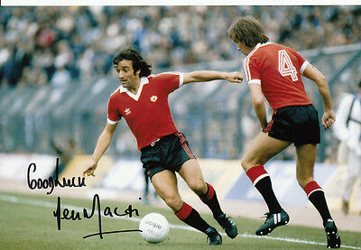 Manchester United Hand Signed Lou Macari Photo 12x8 6.