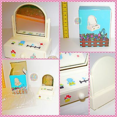 TRINKET 80s Taiwan Sanrio ko beautiful tiny casket mirror - scrigno specchietto