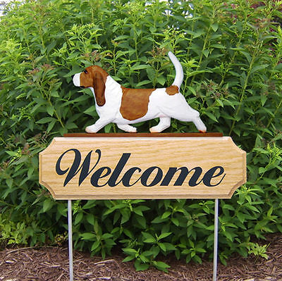 Basset Hound Dog Breed Oak Wood Welcome Outdoor Yard Sign Red/White