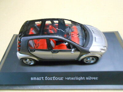 SMART FORFOUR, STARLIGHT SILVER, SCHUCO 1/43