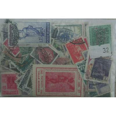 Italy 300 stamps, all different. (32)