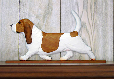 Basset Hound Dog Figurine Sign Plaque Display Wall Decoration Red/White