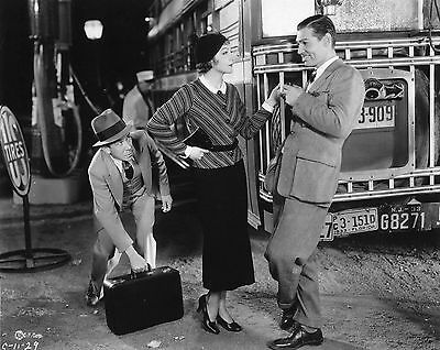 "It Happened One Night Clark Gable Claudette Colbert  8X10"" Photo #d1014"