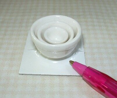 Miniature Karen's Ceramic Bowls, Set of 3, WHITE: DOLLHOUSE Miniatures 1/12