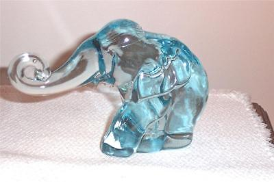 Heisey By Imperial Rare Horizon Blue Mama Elephant Trunk Out And Only 32 Made