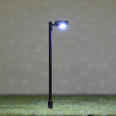 10 pcs HO Scale Model Lamppost Street Light SMD LED Made Courtyard Lamp #047