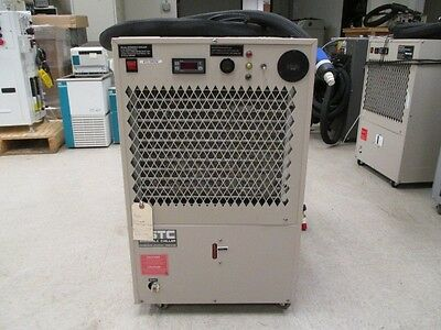 USTC Chiller, USTC-205000LC Chiller, USTC-20500LC-079 and hoses seen, 395723