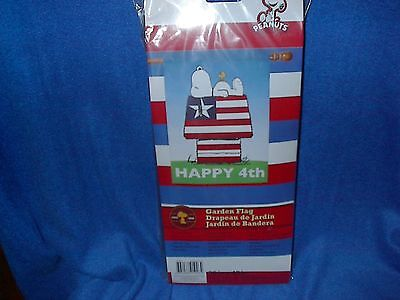 PEANUTS THEME FLAG-HAPPY 4TH PATRIOTIC SNOOPY ON DOGHOUSE-NEW-28 X 40 INCH