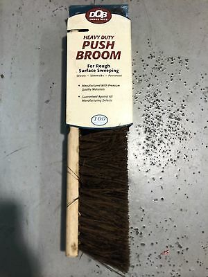 "18"" Heavy Duty Push Broom Palmyra Dbq Industries #10702 (E002)"