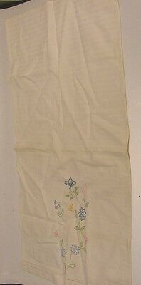 NICE VINTAGE HAND EMBROIDERED TABLE RUNNER WITH BLUE & PINK FLOWERS