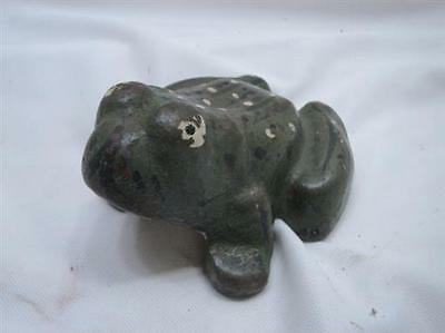 Early Cast Iron Frog Door Stop Paper Weight Folk Art Home Decor Doorstop Figural