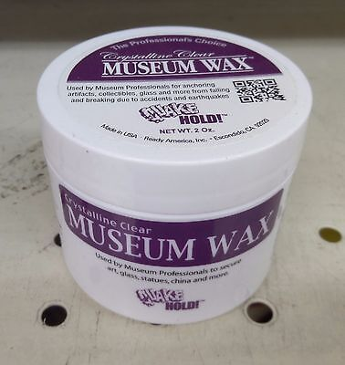 Museum Putty QUAKE HOLD Wax Quake hold! Earthquake