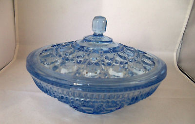 INDIANA GLASS ..  COLLECTIBLE VINTAGE .. BLUE WINDSOR .. CANDY BOX