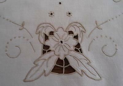 Vintage Linen Table Runner Madeira Taupe Hand Embroidered Flowers Cutwork 32""