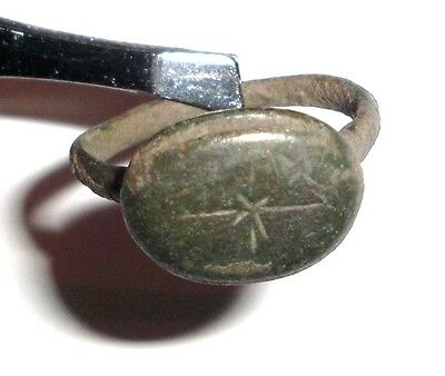 Ancient Roman Empire, 1st - 3rd c. AD. Bronze Ring • CAD $69.21
