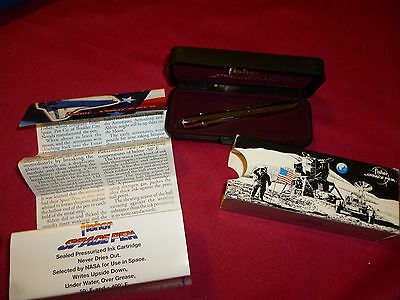 Still in box FISHER SPACE PEN w directions and sleeve Can be used in space!