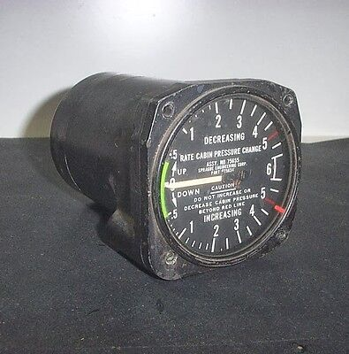 Aeronautica Aircraft Intrument Rate Cabin Pressure Change Indicator Cockpit