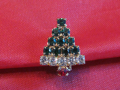 "BEAUTIFUL LITTLE 7/8""  MULTI COLORED RHINESTONE CHRISTMAS TREE PIN"