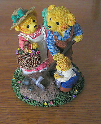 """COLLECTABLE BEARS """"LOVABLE TEDDIES""""BY AVON """"SARAH,THEODORE & EDWARD PLANTING ++"""""""