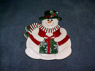 """FITZ AND FLOYD ESSENTIALS 9 1/2"""" X 7 1/2"""" HOLIDAY SNOWAN SNACK SERVING PLATE"""