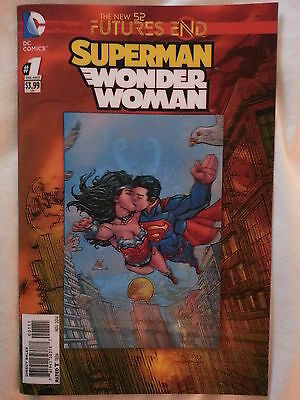 Dc Comics- New 52.  Futures End : Superman/wonder Woman.  One Shot. 3D Hologram