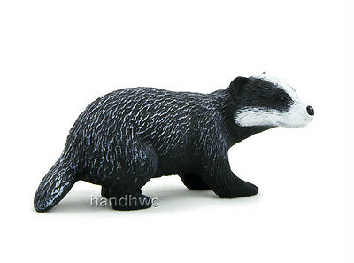 Mojo Fun 387033 Badger - Realistic Wild Forest Animal Model Toy Replica - NIP