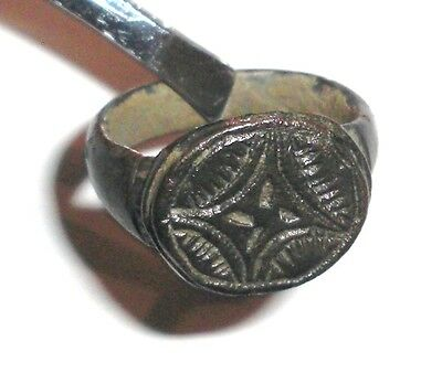 Ancient Byzantine Empire, c. 8th - 10th AD. Bronze Intaglio Signet Ring Cross