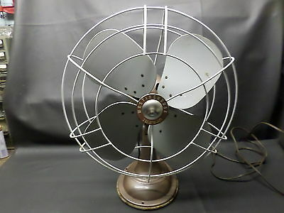 """VINTAGE WESTINGHOUSE  3- SPEED OSCILLATING LARGE FAN -18"""" - CLEAN"""